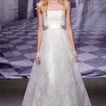564-vestido-de-novia-palabra-de-honor-en-chantilly-y-con-cin