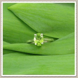 peridot-engagement-ring