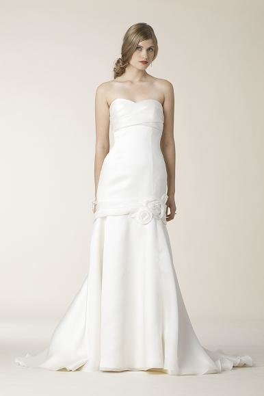amy-kuschell-wedding-dress-4