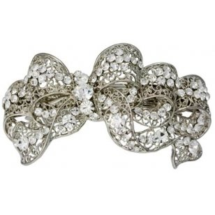 broche con diamantes