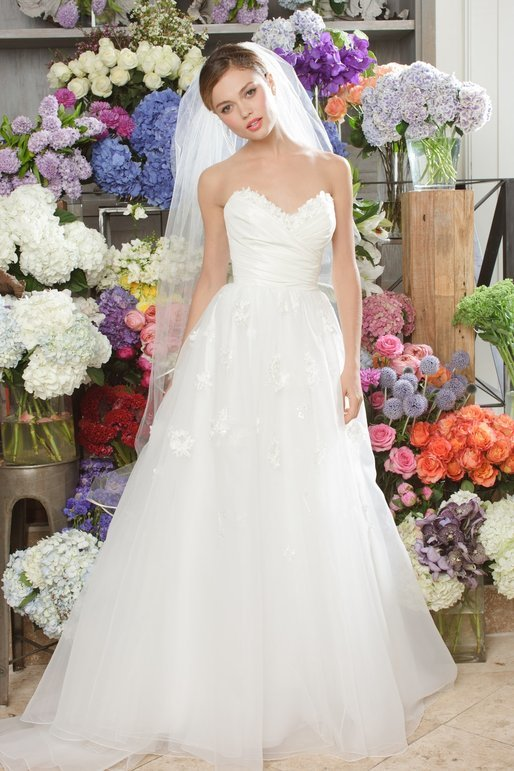 wtoo-spring-2011-wedding-dress-3