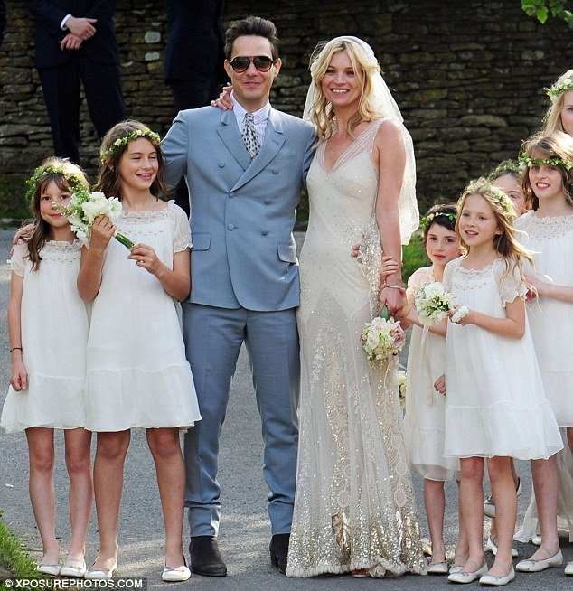kate-moss-wedding-dress-1