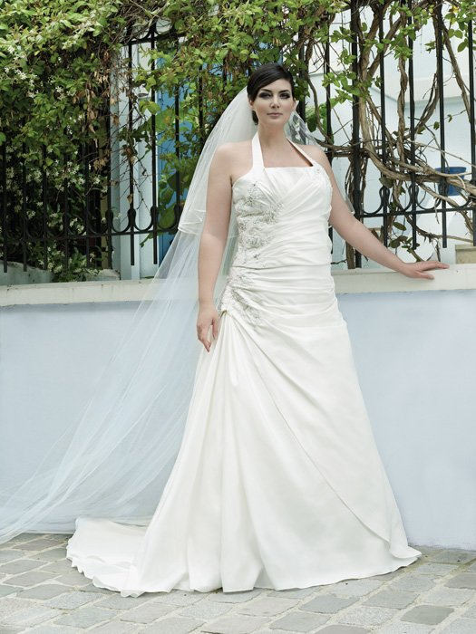plus-size-wedding-dress-11